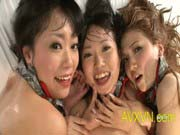 「アイドルグループが集団乱交パーティで一心不乱に嵌められまくる!」のサムネイル画像