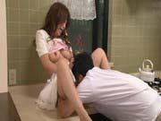 「青木莉子:手首を縛られ無理やり押し倒し強姦レイプされる巨乳娘!」のサムネイル画像